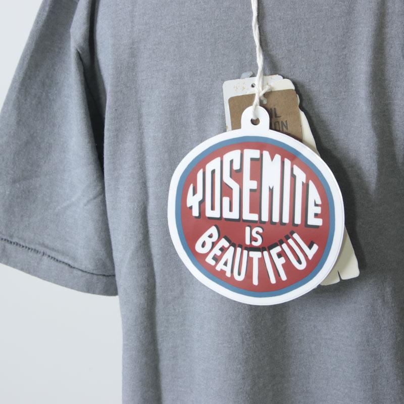 1300 FACTORY PL(1300ファクトリープレイス) YOSEMITE IS BEAUTIFUL