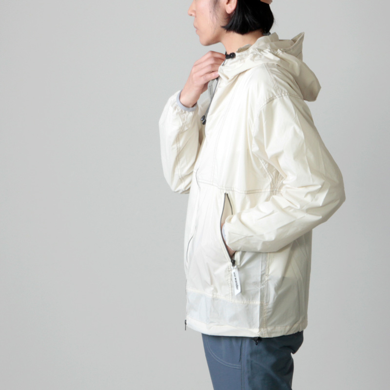 and wander(アンドワンダー) PERTEX wind jacket for woman