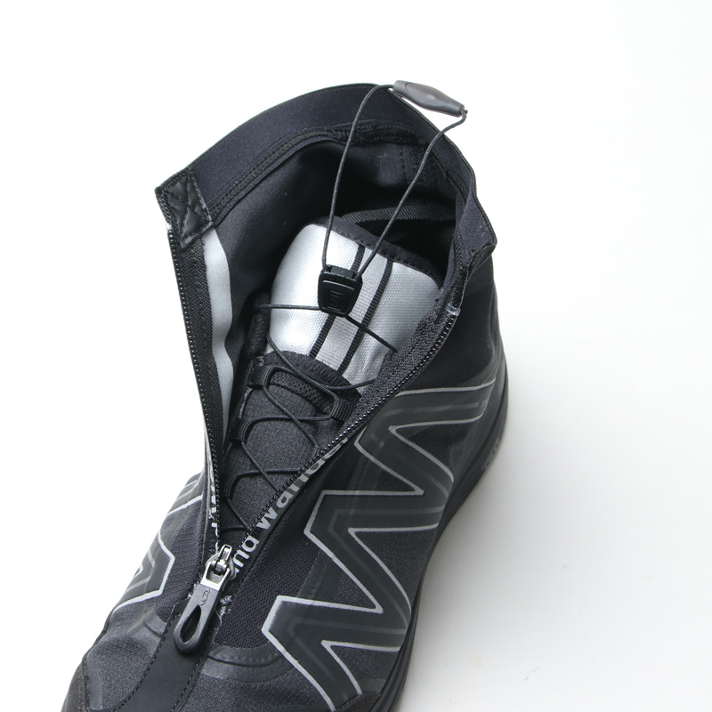 and wander(アンドワンダー) reflective highcut sneakers by salomon
