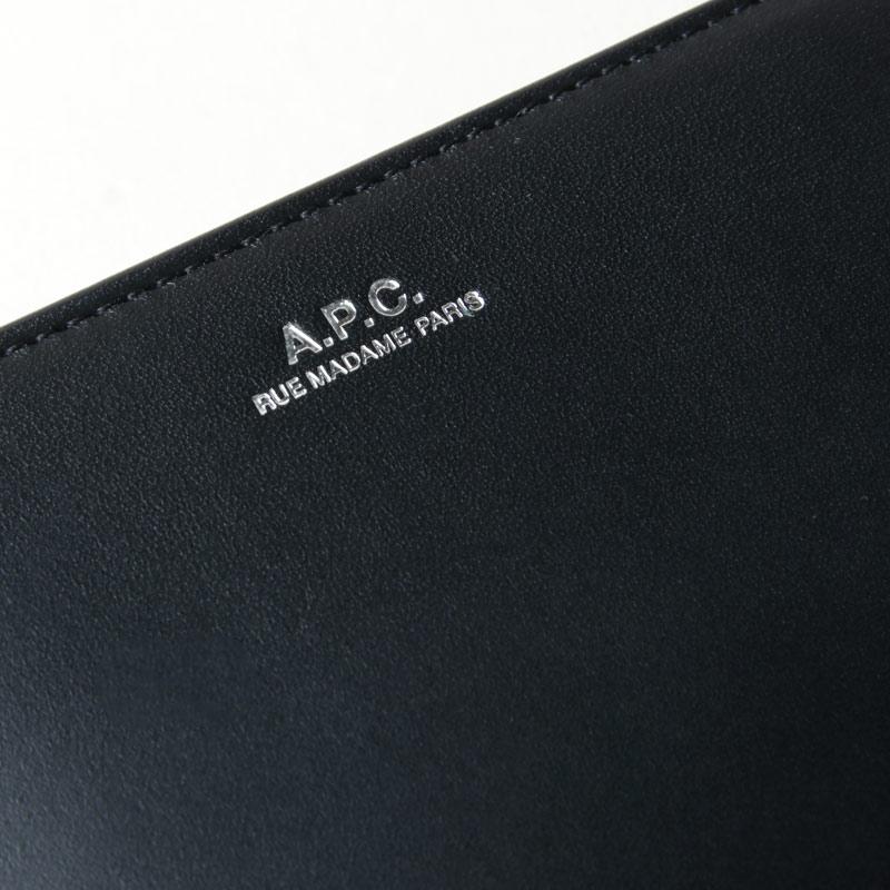 A.P.C(アーペーセー) COMPACT EMMANUELLE Noir (Silver Zip)
