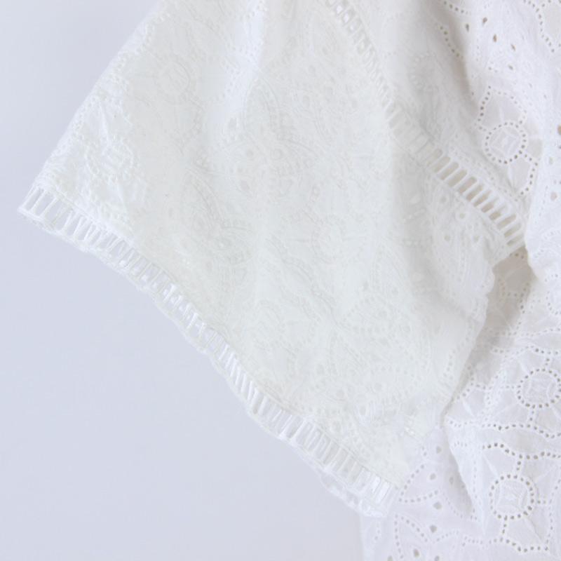 assiette(アシェット) コットン刺繍ハシゴレースブラウス