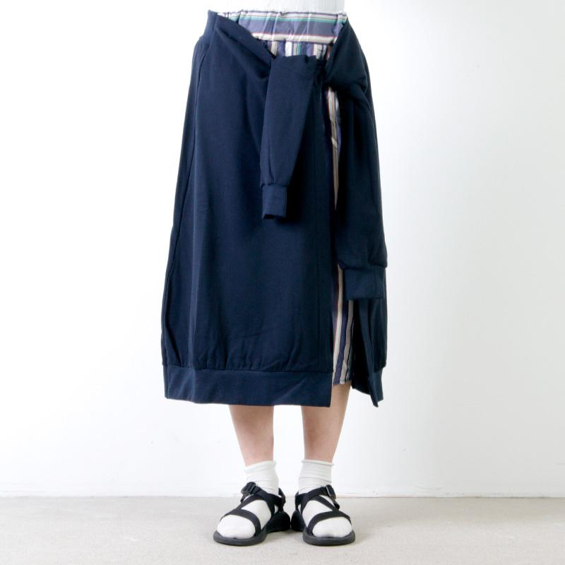 blanc basque(ブランバスク) 裏毛×ストライプスカート