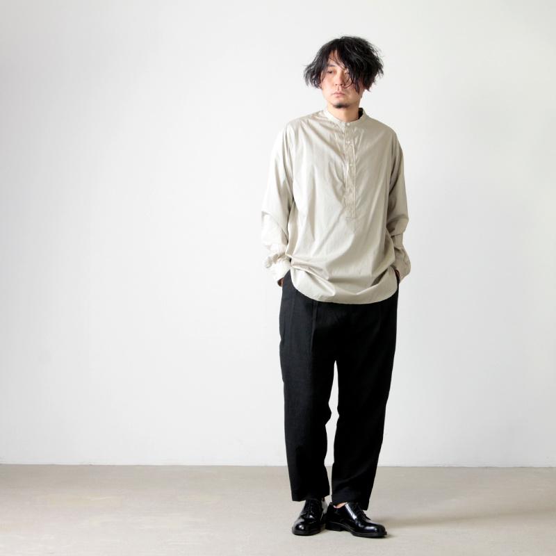 COMOLI(コモリ) ウール 2タックパンツ