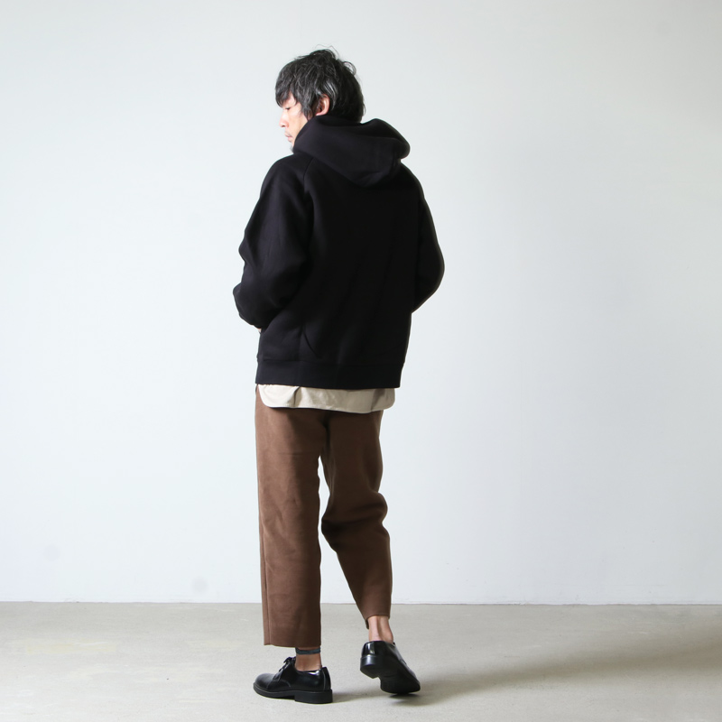 COMOLI(コモリ) C/W 裏毛ジップパーカ