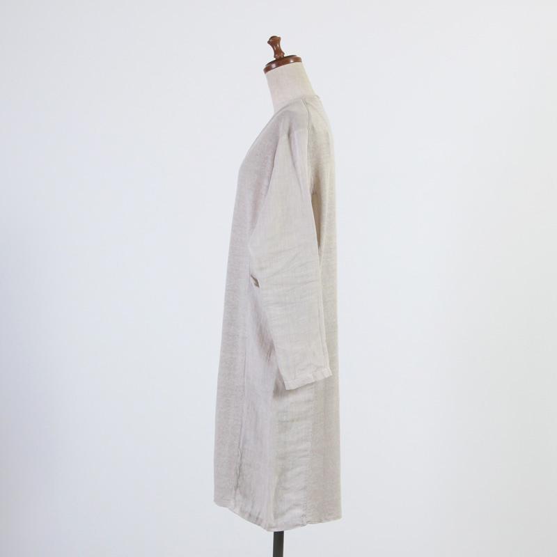 evameva(エヴァムエヴァ) Botanical dye robe