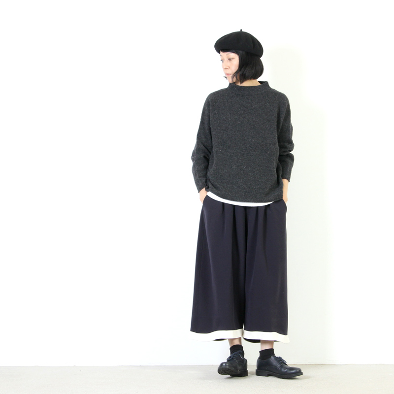 evameva(エヴァムエヴァ) Stand pullover