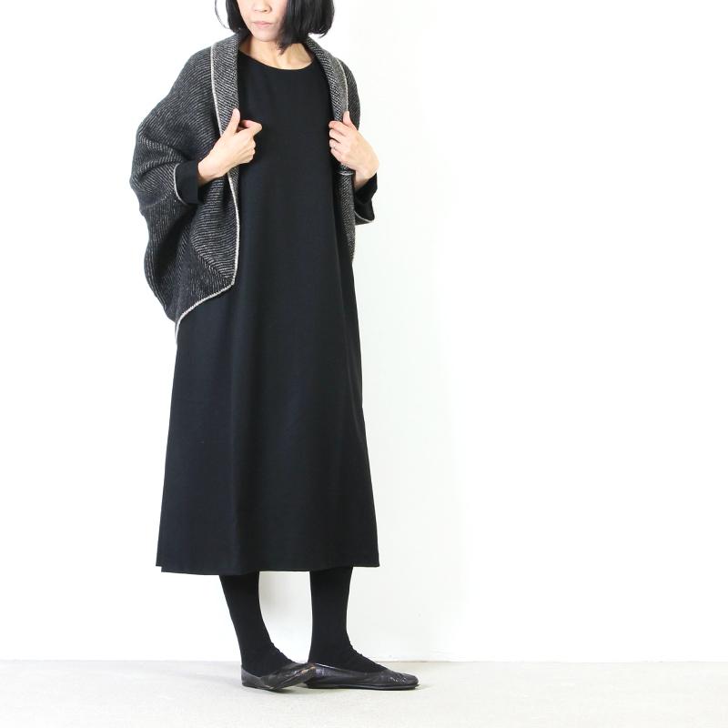 evameva(エヴァムエヴァ) Wool side tuck onepiece