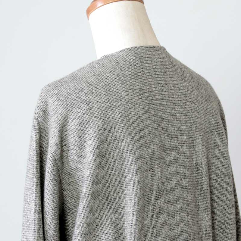 evameva(エヴァムエヴァ) wool tuck robe
