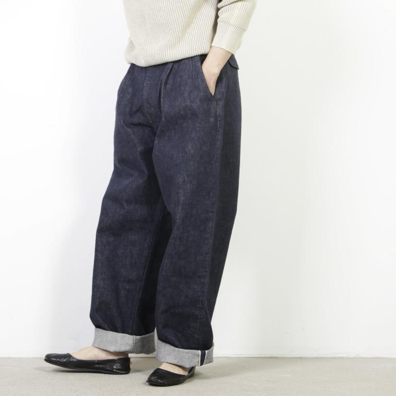 Graphpaper (グラフペーパー) Colorfast Denim Two Tuck Pants / カラーファストデニムツータックパンツ