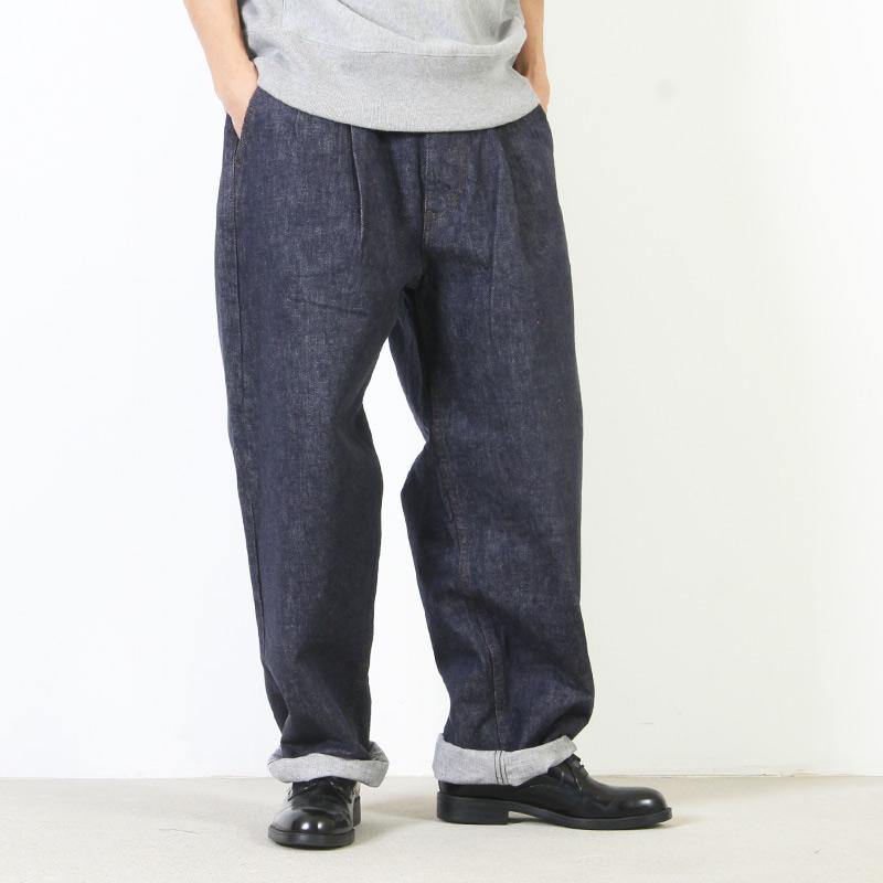 Graphpaper (グラフペーパー) Colorfast Denim Two Tuck Pant / カラーファストデニム ツータックパンツ