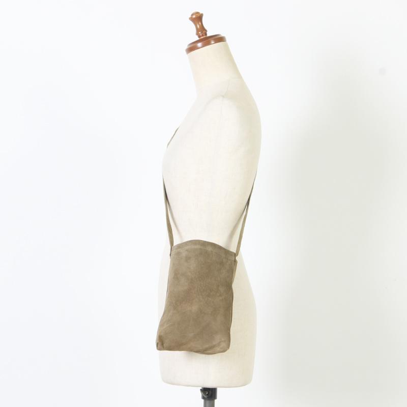 Hender Scheme(エンダースキーマ) pig shoulder small