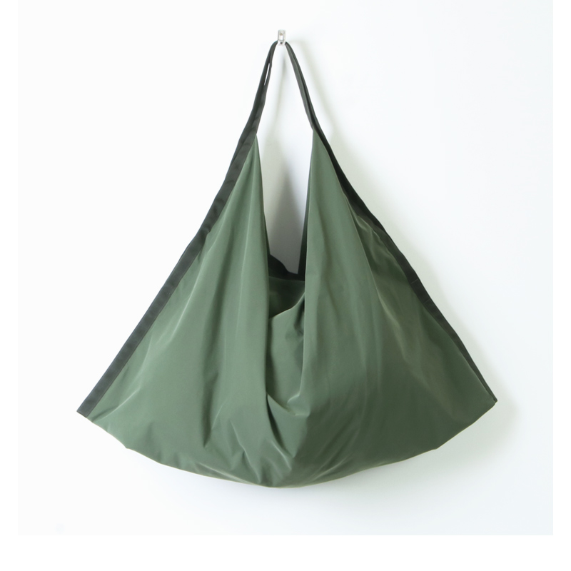 Hender Scheme(エンダースキーマ) origami bag big 3 layer nylon