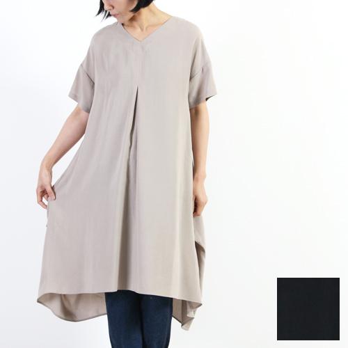 ina (イナ) Vネック裾タックワンピース