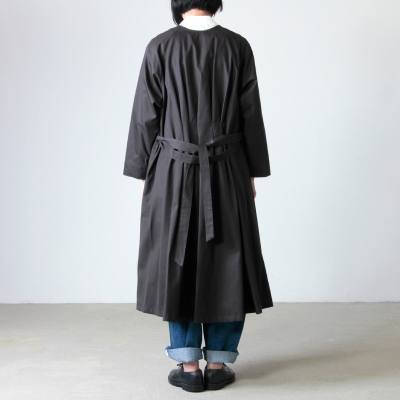 ina(イナ) ラグランスリーブノーカラーバックタックコート