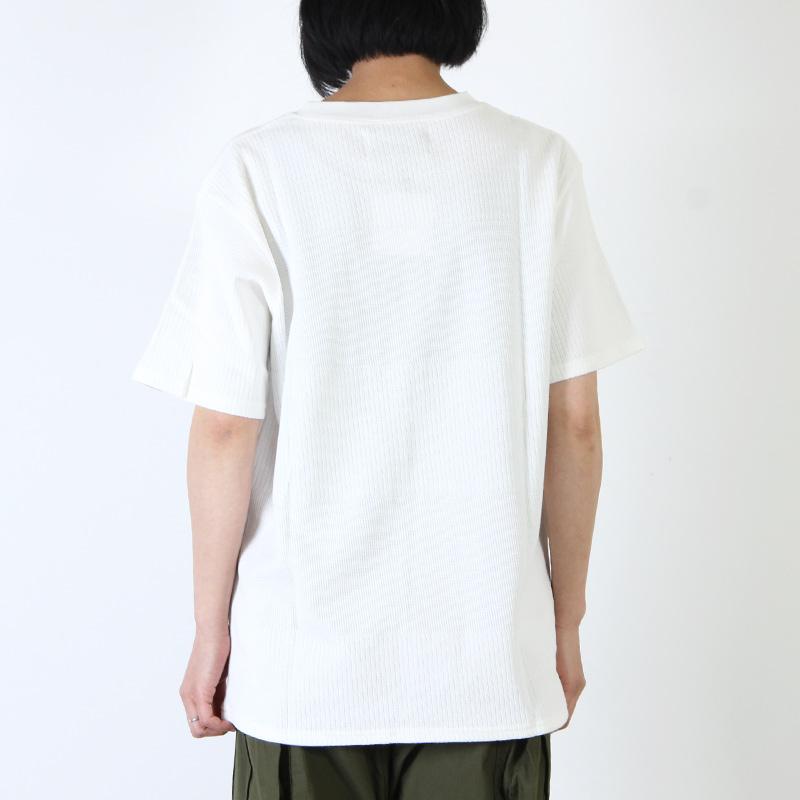 ironari(イロナリ) コンビTee