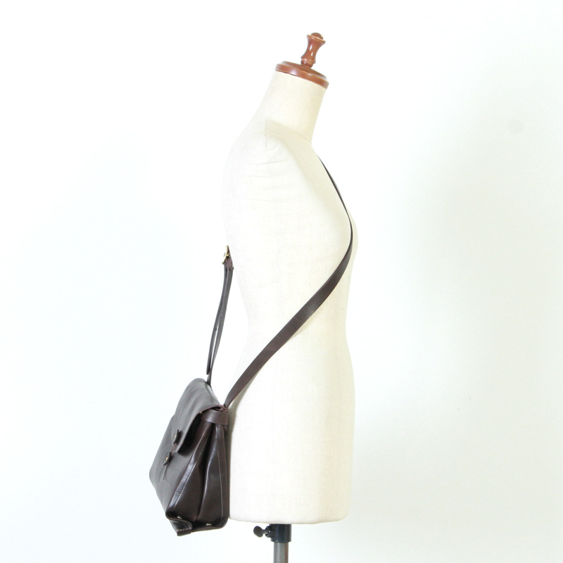 irose(イロセ) SAC SHOULDER BAG