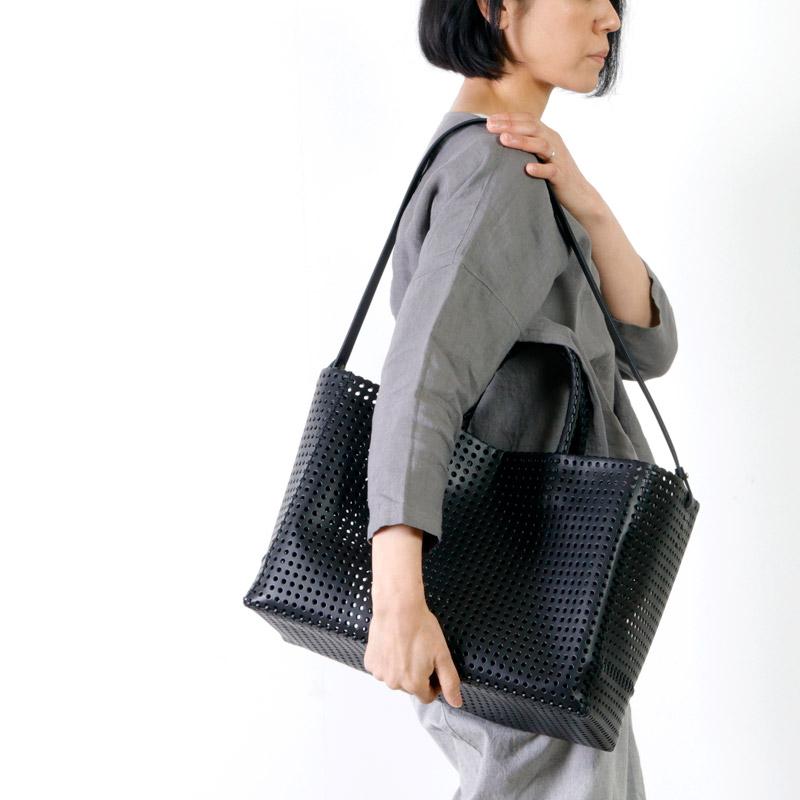 irose(イロセ) KAGO TOTE BAG 01