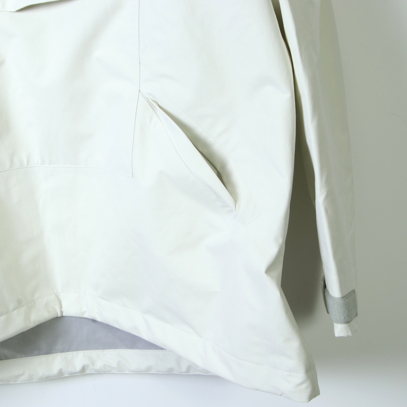 is-ness(イズネス) 3 LAYER PULLOVER JACKET