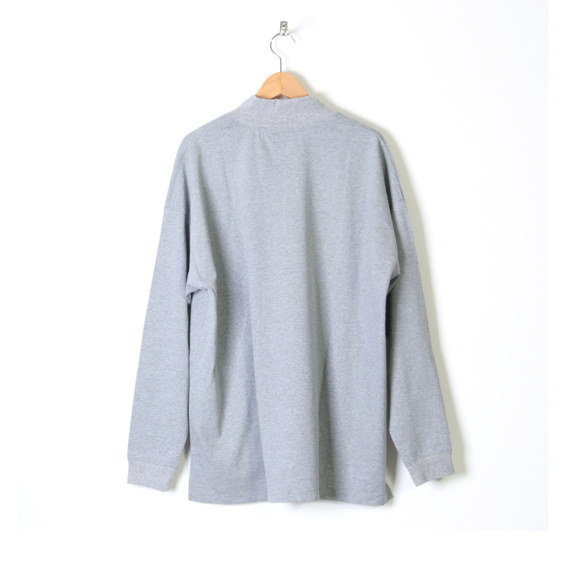 is-ness(イズネス) MOCK NECK LS POCKET T- SHIRT