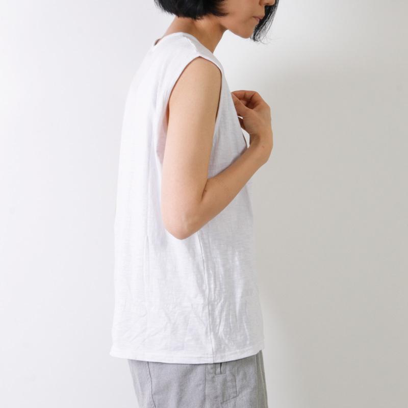 jujudhau(ズーズーダウ) SMALL NECK TANK TOP