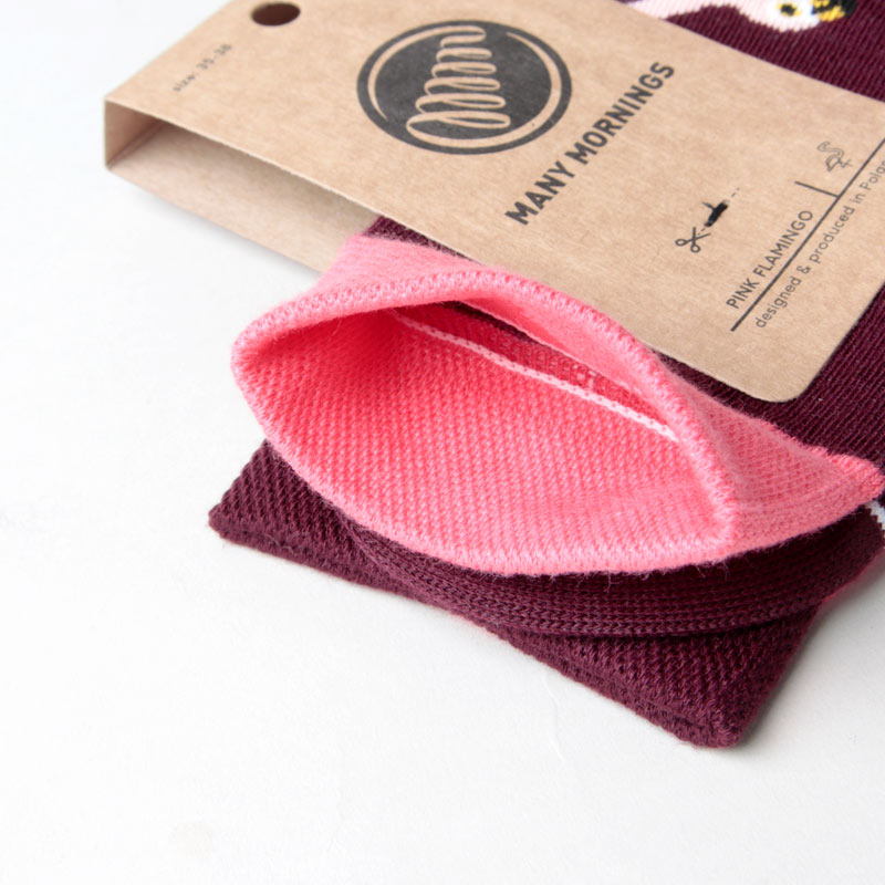 MANY MORNINGS(メニーモーニングス) Regular Socks Pink Flamingo
