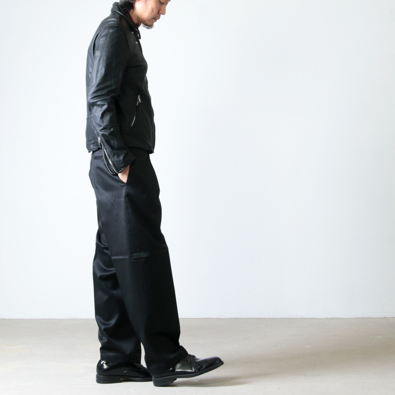 MARKAWARE(マーカウェア) CLASSIC FIT TROUSERS