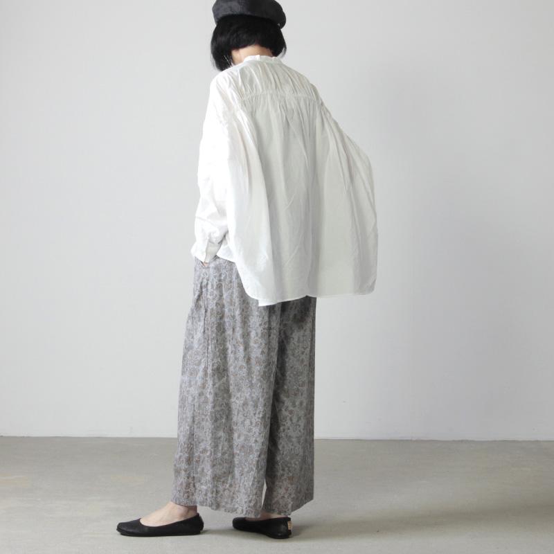 MidiUmi(ミディウミ) ペイズリーワイドタックパンツ