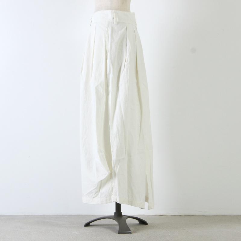 UNIVERSAL TISSU(ユニバーサルティシュ) サープラスタックバルーンスカート