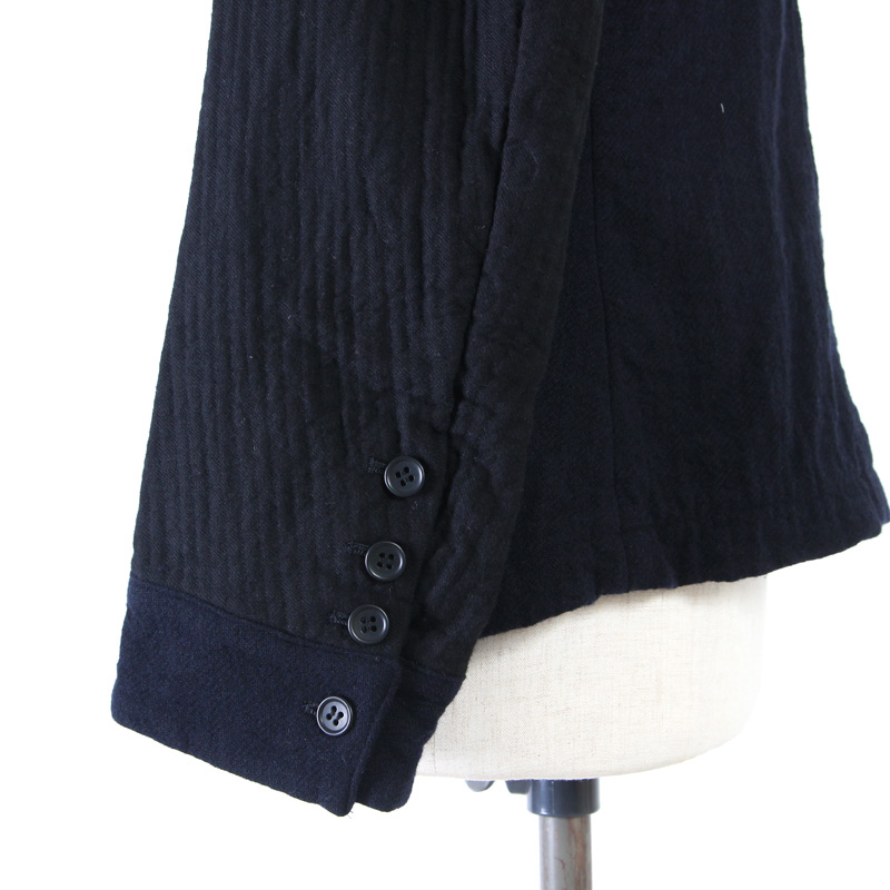 Vlas blomme(ヴラスブラム) 2重織ステッチダブルボタンジャケット